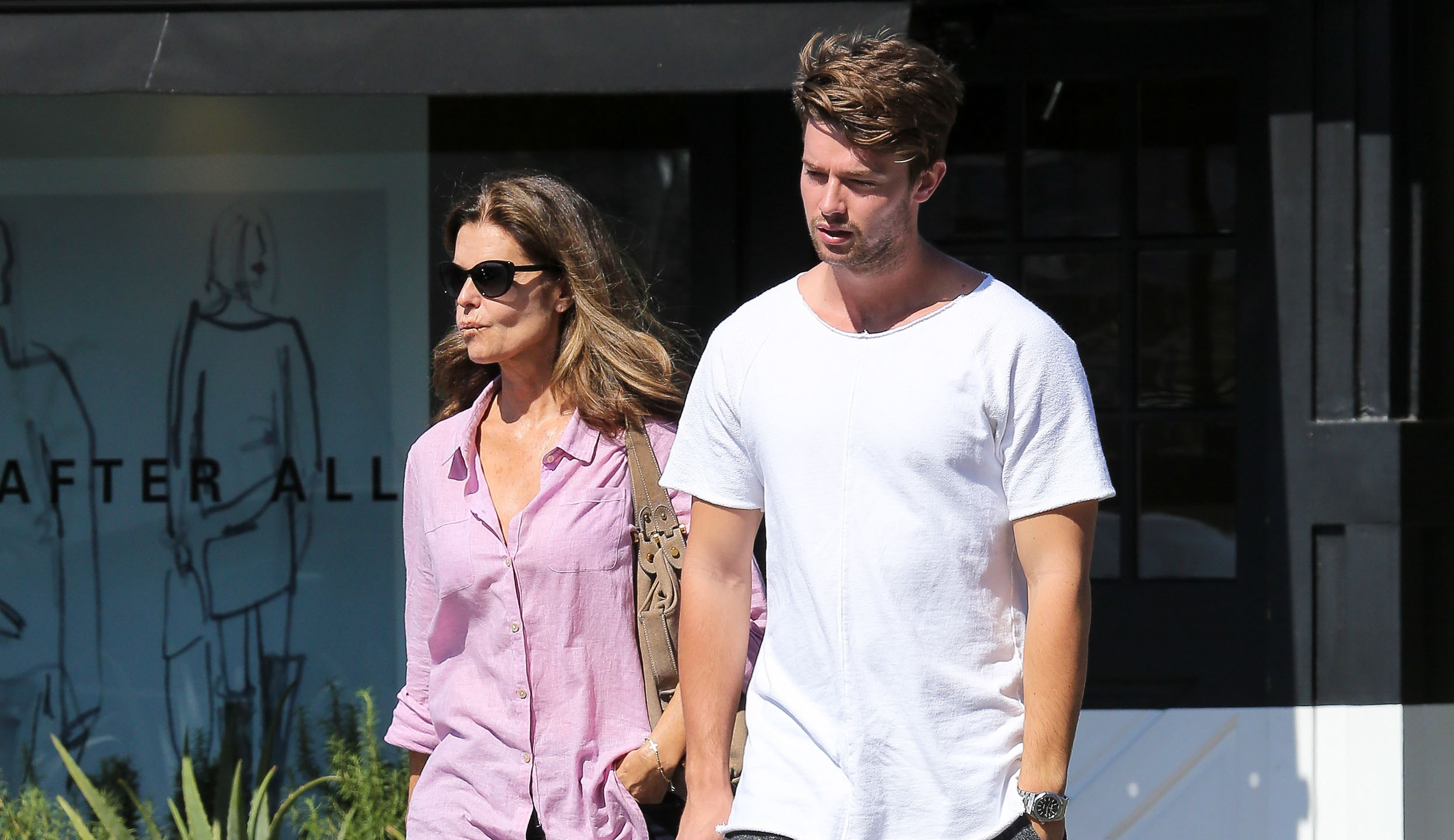 när fyller miley cyrus år Miley Cyrus dejtar Schwarzeneggers son – nu rasar mamman: