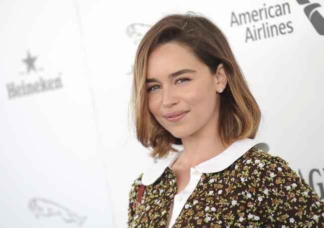 Emilia Clarke Vill Ha Mer Naket Foto Ibl