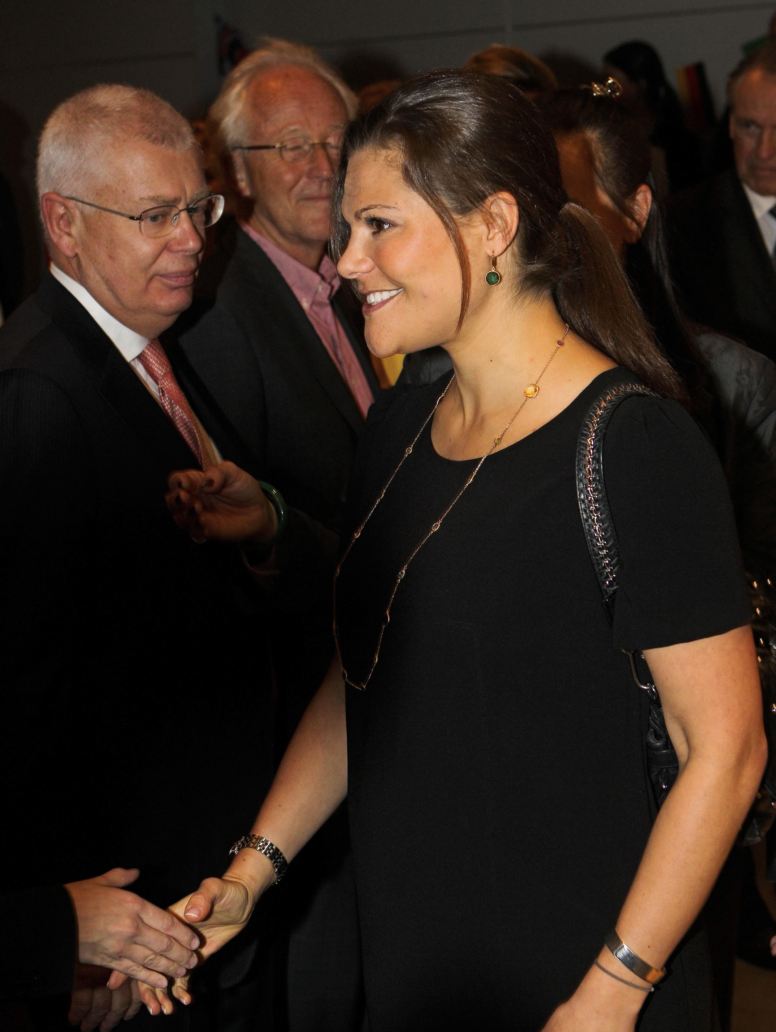 414d02787b0 Kronprinsessan Victoria handlar gärna lite billigare kläder som kombination.