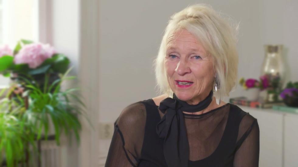 """Helena Cewers är ny som expert i SVT:s """"Gift vid första ögonkastet""""."""