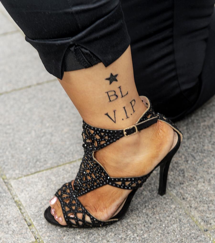 Anna Book gjorde en minnestatuering efter Biggest Loser VIP. Paradise hotel-profilen Johnny Edlind har tatuerat.