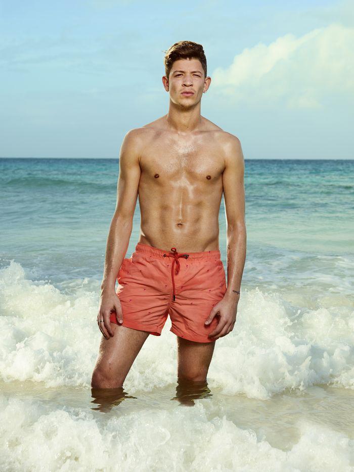 cassandra ex on the beach