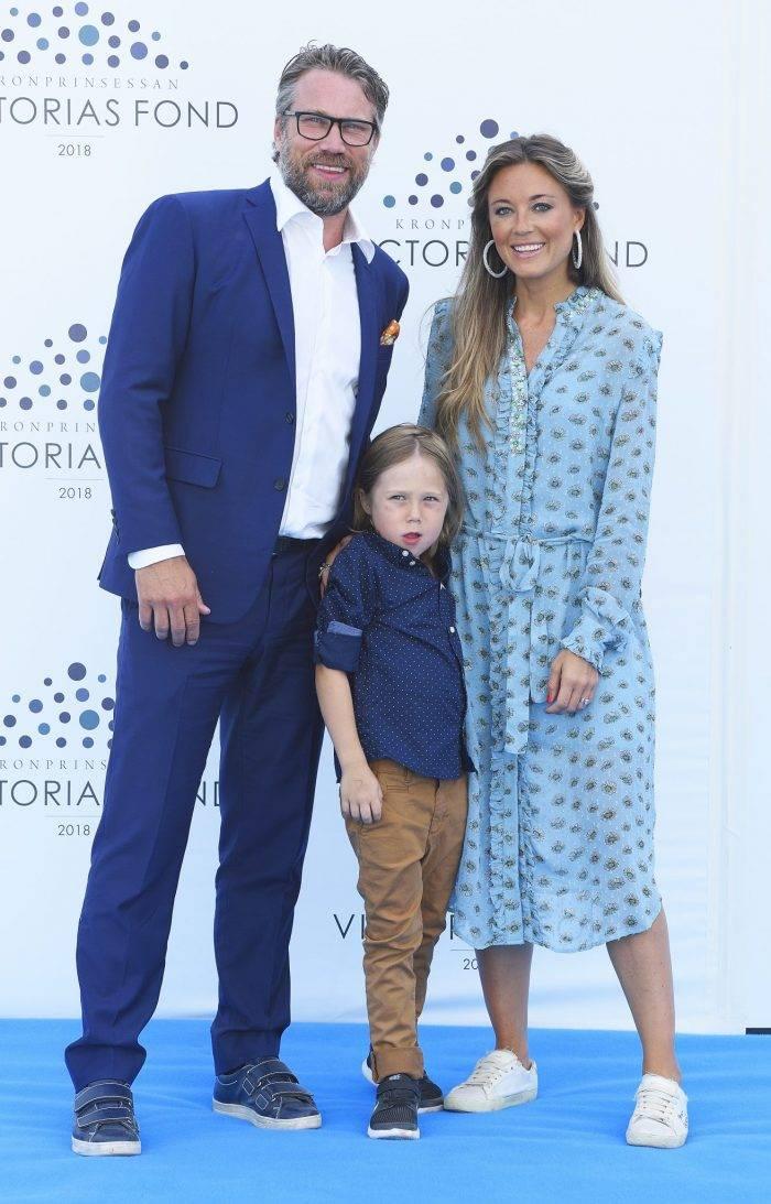 """Peter """"Foppa"""" Forsberg, Nicole Nordin och sonen Lennox för 1.5 år sedan."""