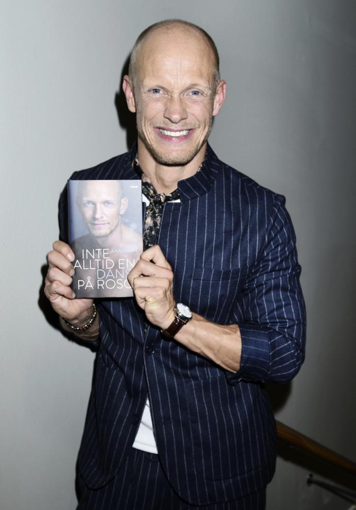 """Bokrelease för Tobias Karlssons bok """"Inte alltid en dans på rosor"""""""