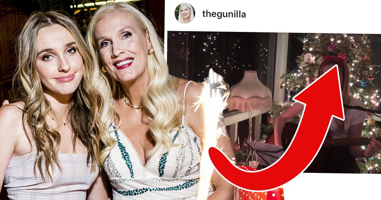 Gunilla Perssons dotter Erika framförde Holy night i en video som Gunilla lade upp på sin Instagram nyligen.